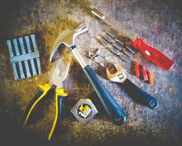 hammer-hand-tools-measuring-tape-175039